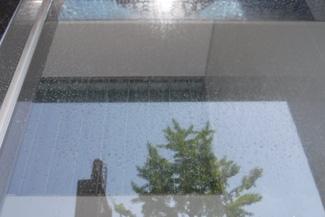 ガラス面の水垢除去